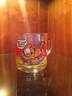 "Mcdonald's Garfield Collectible Glass Mug 1978 "" Garfield & Odie Skateboard ~"