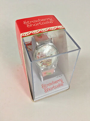 2004 StrawberryShortcake WATCH Urban Station TCFC Incredible World of Dic Unused
