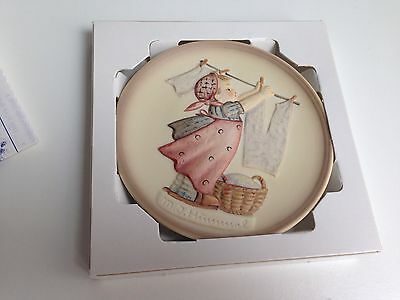 """Goebel Hummels LITTLE HOMEMAKERS 4"""" Collector Plate 2nd in Series 1989"""