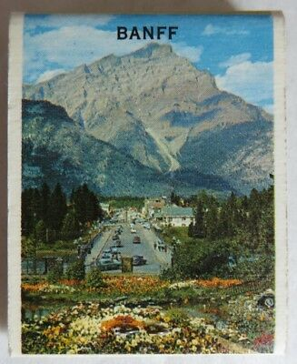 Vintage Unused Paradise Bugalows Banff Scenic Matchbook           (Inv13617)