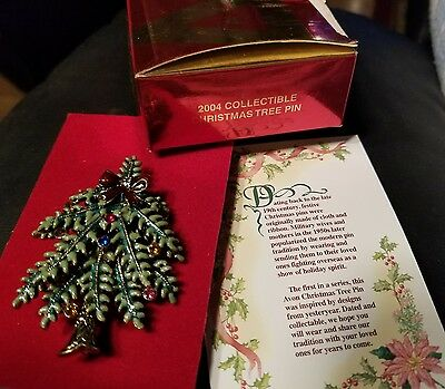 Vintage 2004 Avon Collectible Christmas Tree Pin Brooch with Card and Box New