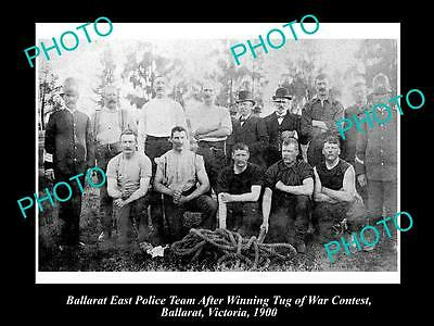 OLD LARGE HISTORICAL PHOTO OF THE BALLARAT POLICE TUG O WAR TEAM c1900, VICTORIA