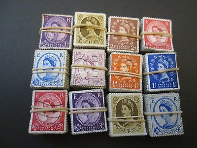 QE11 X 1200 USED STAMPS aprox. 12 BUNDLES X 100.  SALE LOT  #T007