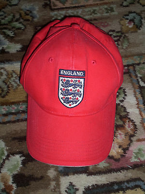 England 3 lions Umbro red cap (adult)