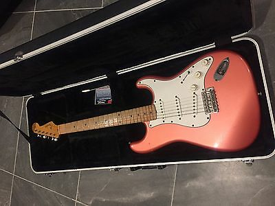 Fender Stratocaster RARE made in Japan 83 JV top of line domestic model