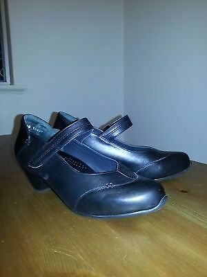 Ziera leather heels size 39/ au 8