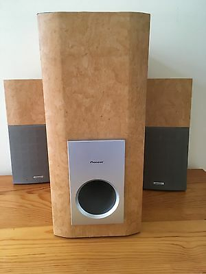Pioneer S-L9 Bookshelf Speakers & Sub Woofer - surround sound