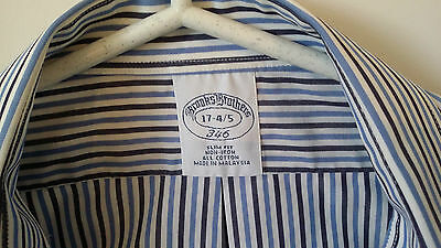 Brooks Brothers Men's Dress Shirt 17 x 34/35 White and Blue Stripes