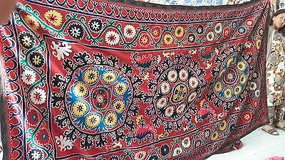 Gorgeous Vintage 70's  Uzbek Hand Silk Embroidered  Suzani  1U2