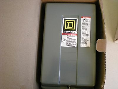 New Square D 8903LG40V02 4 Pole Lighting Contactor Series D