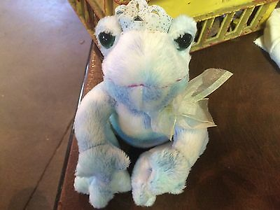 "7"" plush Frog doll, made by Dan Dee,"