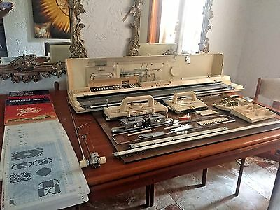 Complete Brother KH 910 Knitting Machine