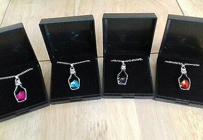 Job Lot Of 4  NEW Items Of Fashion Jewellery Gift Boxed Necklaces New