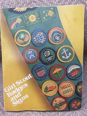 Vintage Junior and Girl Scout Badges and Signs Book 1980