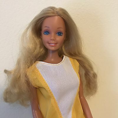 Vintage Superstar Barbie Doll Fashion Play 1986 #1