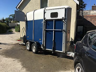 Ifor Williams HB 401 Horse Trailer Single