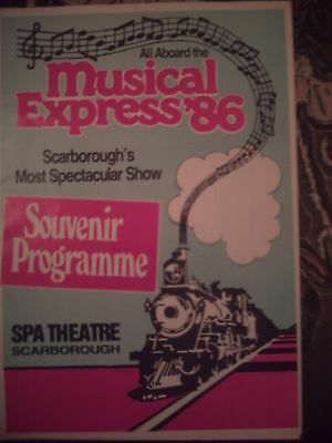 Scarborough Spa 1986 'musical Express' Programme.  Kenny Bee.