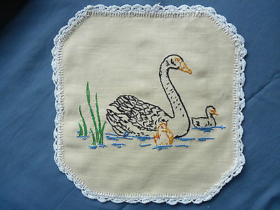 BLACK SWAN & CYGNETS Fabulous Vintage Hand Embroidered Small Doily