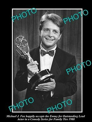Old Large Historic Photo Of Michael J Fox With Family Ties Emmy Award 1988