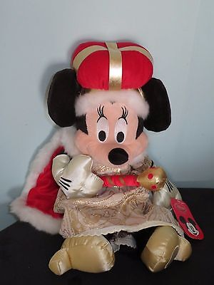 Queen Minnie Mouse Soft Plush Toy Disney Exclusive. 15 inches high With tags