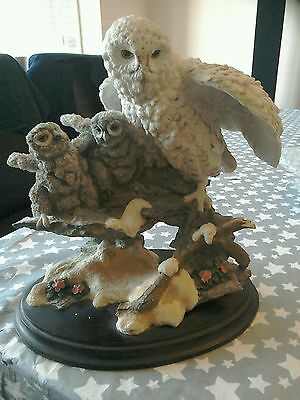 "Country Artists ""Snowy Owl with Young"" 9.5"" Tall"