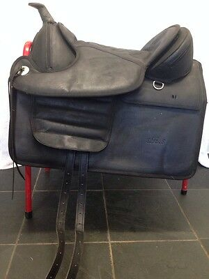 FINAL PRICE Cob / Full Treeless Western Saddle By S.E.S Black Leather