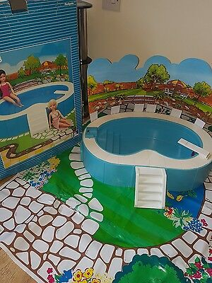 Vintage Sindy Flood Lit Bubble Bath Swimming Pool in Box untested