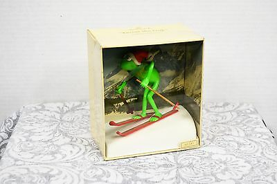 Vintage 1982-83 Hallmark Kermit The Frog Ornament The Muppets Skiing Red Cap Box