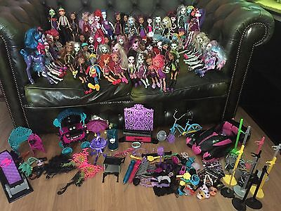 Huge Bundle Of Monster High Dolls And Accessories