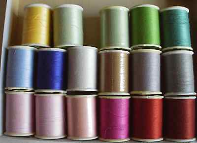 Collection of 17 reels Trusew polyester thread - rainbow of colours