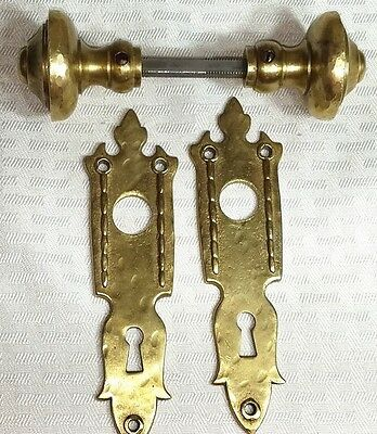 "Vintage Interior Door Knob Set Hammered Solid Brass Knobs1 1/ 2"" w/2 Plates"