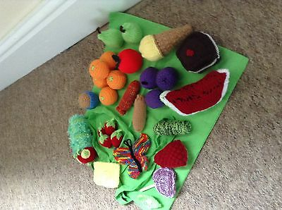 Story Sack Resources THE VERY HUNGRY CATERPILLAR Hand Knitted NEW