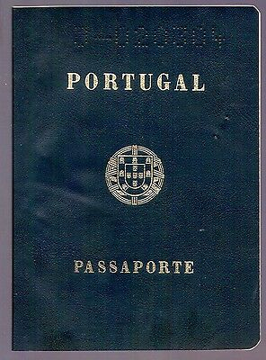 Portugal Old Complete Passport 1982