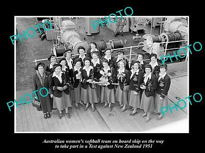 Old Large Historic Photo Of The 1951 Australian Womens Softball Team, In Nz