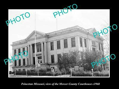 OLD LARGE HISTORIC PHOTO OF PRINCETON MISSOURI, THE COUNTY COURT HOUSE c1960