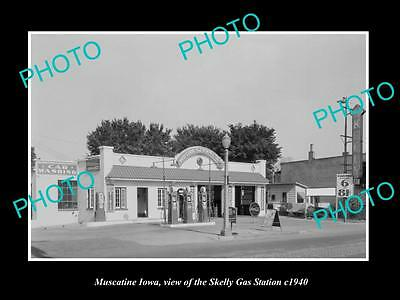 OLD LARGE HISTORIC PHOTO OF MUSCATINE IOWA, THE SKELLY GAS STATION c1940