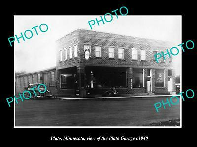 OLD LARGE HISTORIC PHOTO OF PLATO MINNESOTA, THE PLATO MOTOR GARAGE c1940