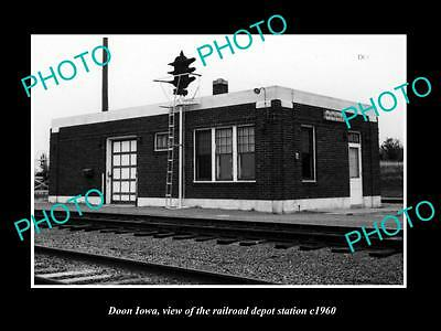 OLD LARGE HISTORIC PHOTO OF DOON IOWA, THE RAILROAD DEPOT STATION c1960