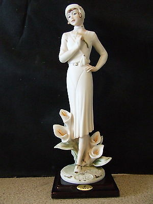 "Giuseppe Armani Figurine  ""Lily"" (0354F0 -   Excellent condition"