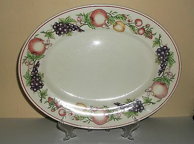 Boots 'Orchard' Oval plate. Has been used.
