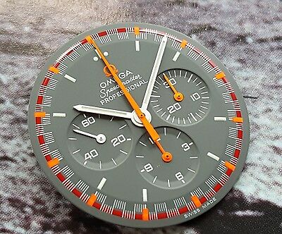 NEW 3570.40 OMEGA SPEEDMASTER RACING DIAL JAPANESE LIMITED EDITION c/w Hand set
