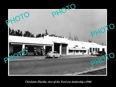 OLD LARGE HISTORIC PHOTO OF CLEWISTON FLORIDA, THE FORD CAR DEALERSHIP c1960