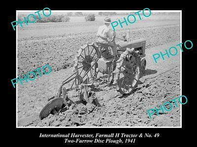 OLD HISTORIC PHOTO OF INTERNATIONAL HARVESTER & FARMALL H TRACTOR No 49 PLOUGH