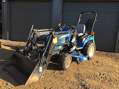 "New Holland Boomer 1030 30 Hp Tractor 60"" underbody mower 4 in 1 Loader"