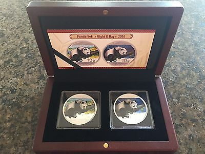 2 x 30 g 2016 Coloured Silver Panda Set Night & Day China in Case