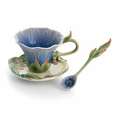 FZ01507 Franz Sculpted Porcelain Cozies Chrysanthemum Cup Saucer set w/ Spoon