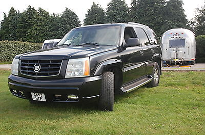 Cadillac Escalade 2003 6.0  4 wheel drive,  GREAT SOUND