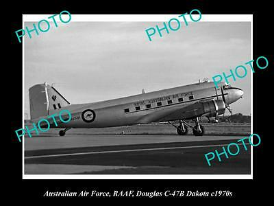 HISTORIC AVIATION PHOTO OF RAAF AUSTRALIAN AIR FORCE, DOUGLAS DAKOTA PLANE c1970