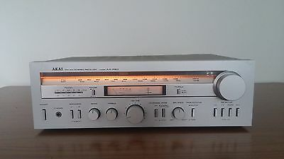 AKAI AA-R20 STEREO INTEGRATED TUNER AMPLIFIER -made in japan