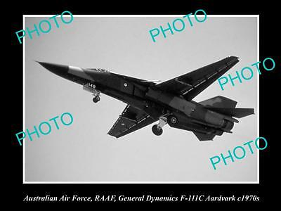 HISTORIC AVIATION PHOTO OF RAAF AUSTRALIAN AIR FORCE, F-111 FIGHTER JET c1970s